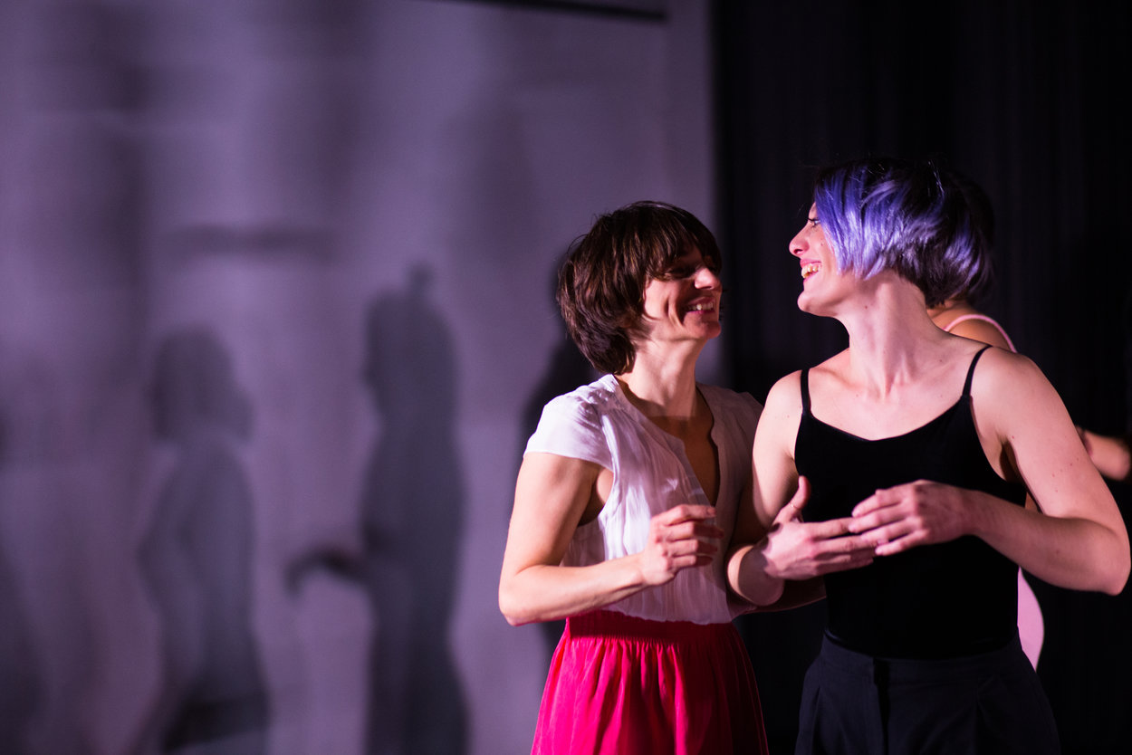 """Concrete Sphinx and Brilliant Eyes"" παράσταση σωματκού θεάτρου συνόλου, 2017 φωτο: Γιώργος Βουρσούκης"